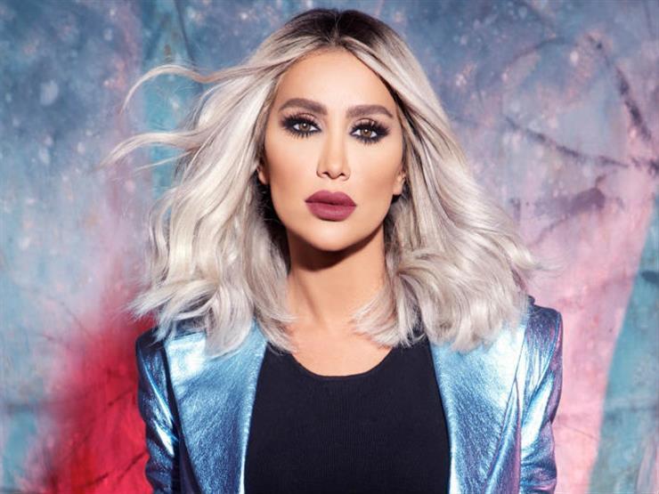 مايا دياب تدعو بالشفاء لـ ياسمين عبد العزيز