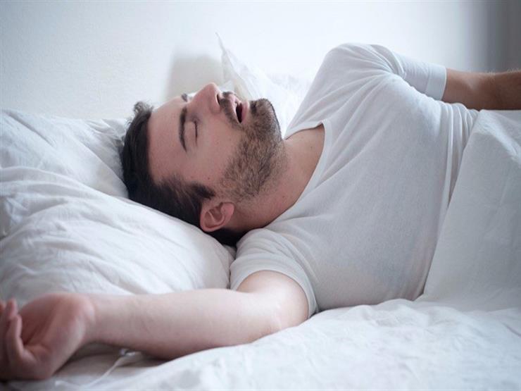 9 أسباب تدفعك للنوم في غرفة باردة.. منها تحسين خصوبة الرجل
