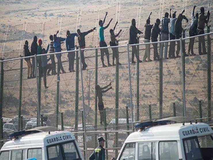 أكثر من 230 مهاجرا دخلوا جيب مليلية الإسباني