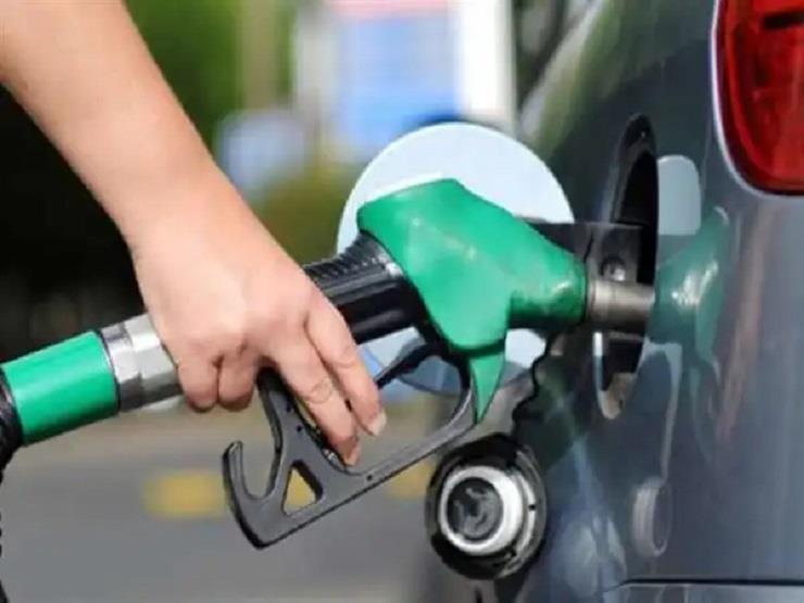 """بعد ارتفاع أسعار البنزين.. محافظ الفيوم: """"لا زيادة في تعريفة سيارات النقل الجماعي"""""""