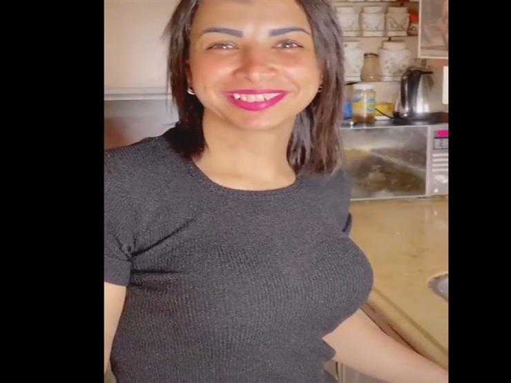 """السجن 3 سنوات لفتاة """"كائن الهوهوز"""" وصديقها بتهمة نشر الفجور"""