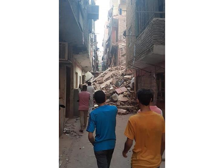 انهيار منزل في الوارق.. والإنقاذ البري يبحث عن ناجين تحت الأنقاض