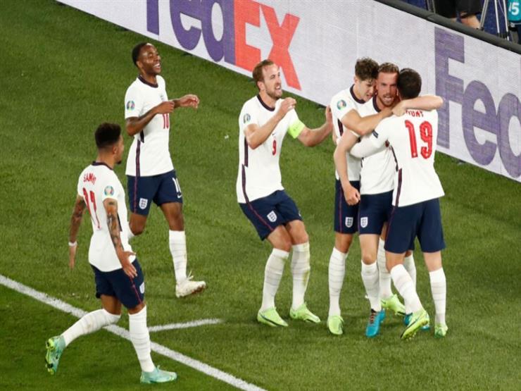 """بورتسموث يحقق في عنصرية """"شبابه"""" ضد لاعبي إنجلترا"""