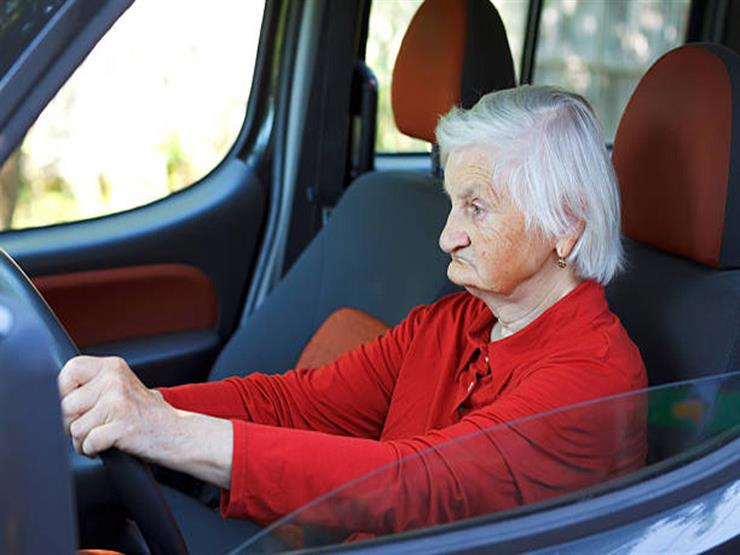باحثون يطورون برنامجًا لتعليم كبار السن تفادي الحوادث أثناء قيادة السيارات