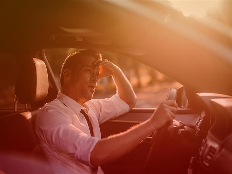 تعرض سائق السيارة للحر الشديد يرفع معدل الحوادث 20%.. وخبراء: هذا هو الحل