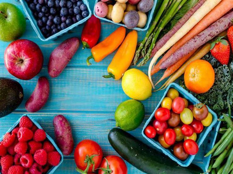 """ما هو """"العصير الأحمر""""؟.. فوائد صحية محتملة لتناوله يوميًا"""