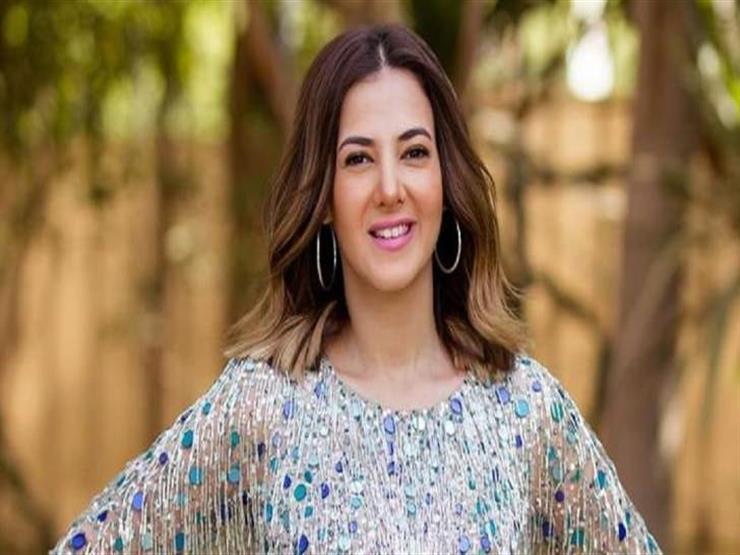 بصور الطفولة.. رسالة جديدة من دنيا سمير غانم لوالدتها دلال عبدالعزيز