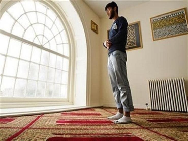 ما حكم الخطأ في قراءة القرآن أثناء الصلاة؟.. وأمين الفتوى: الخطأ في الفاتحة قد يبطل الصلاة (فيديو)