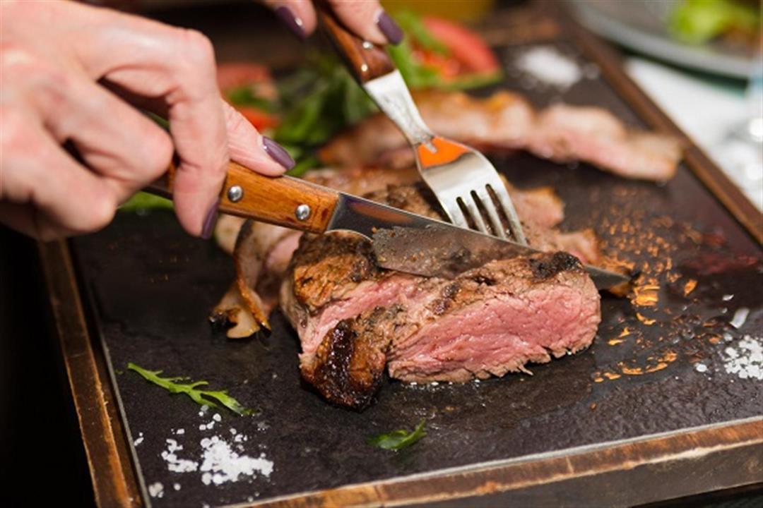 ما هي الكمية المسموحة من اللحوم الحمراء أسبوعيًا؟