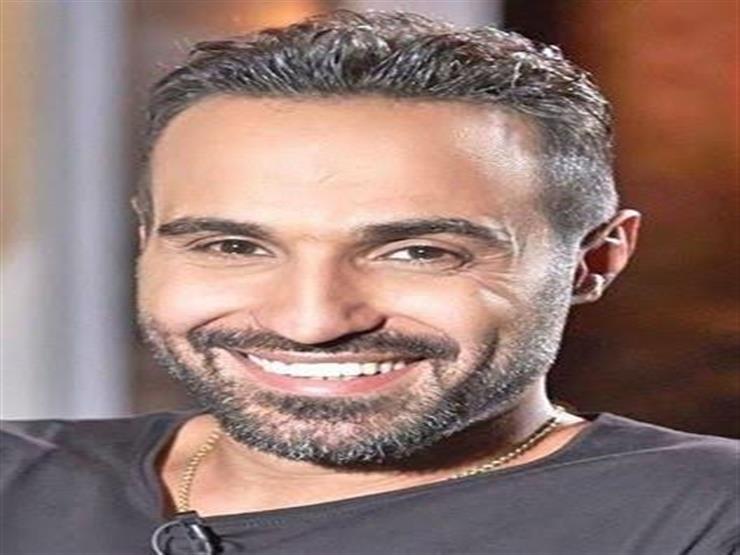 أحمد فهمي يحصل على الإقامة الذهبية في الإمارات