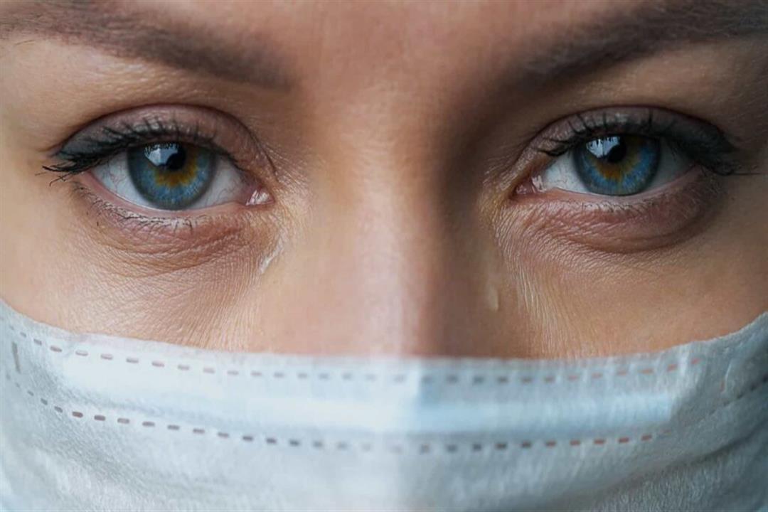 """كورونا.. 7 أعراض خطيرة قد يسببها """"كوفيد-19"""" لصحة العينين"""