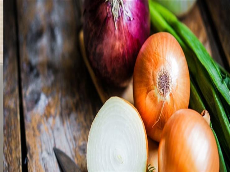 فوائد صحية مذهلة لتناول البصل النيء.. قد يحميك من تلك الأمراض