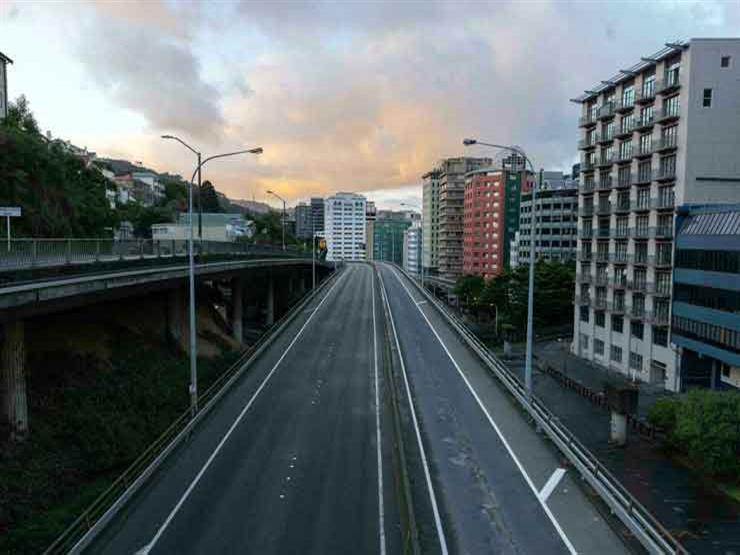 """نيوزيلندا تمدد الإغلاق وتفشي دلتا """"لم يصل إلى ذروته"""" بعد"""
