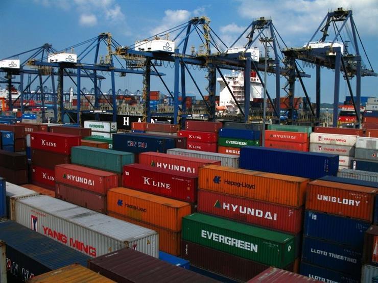 أزمة شحن البضائع تتفاقم عالميًا وزيادة 40% في أسعار السلع المستوردة بمصر