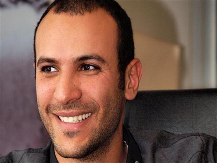 """السيناريست محمد دياب يعلن إصابته بكورونا: """"خدوا حذركم حتى لو واخدين الفاكسين"""""""
