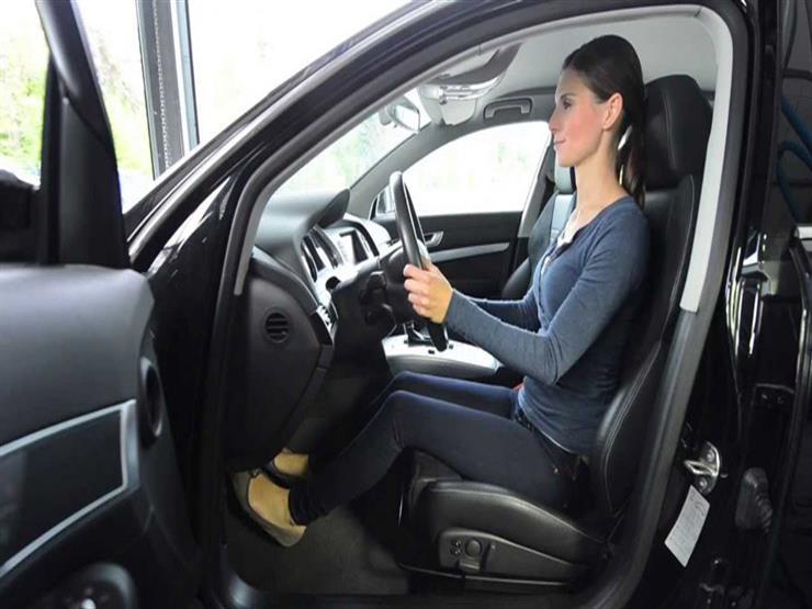 """""""لكل سائق طريقة"""".. خبراء يوضحون قواعد مهمة لضبط مقعد القيادة بالسيارة"""