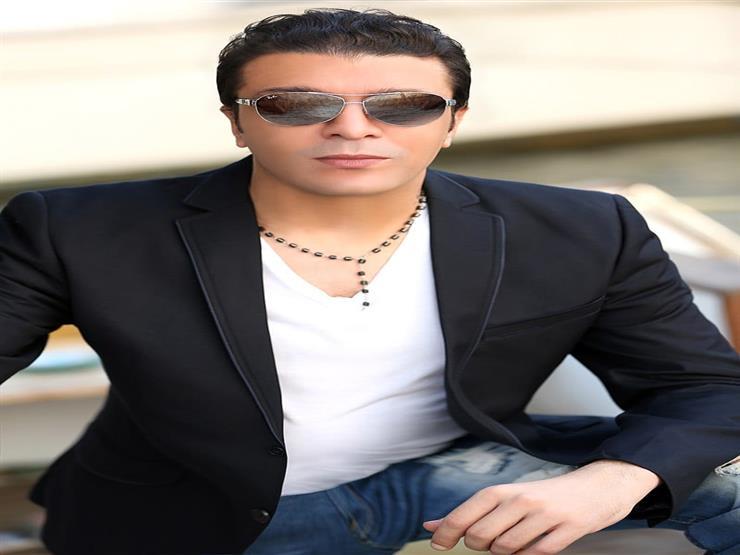 إصابة الفنان مصطفى كامل وأسرته بفيروس كورونا