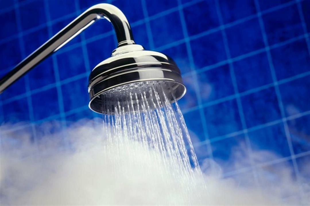 أضرار الاستحمام بالماء الساخن.. هذا ما يفعله بصحتك