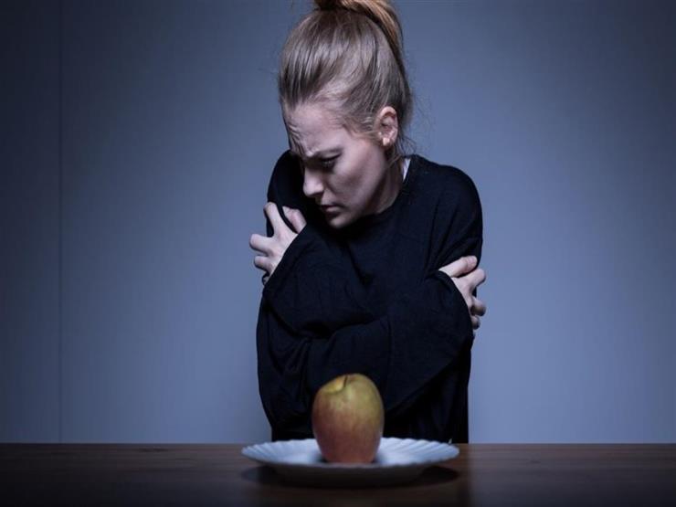 أسباب وأعراض فقدان الشهية العصبي لدى الشباب