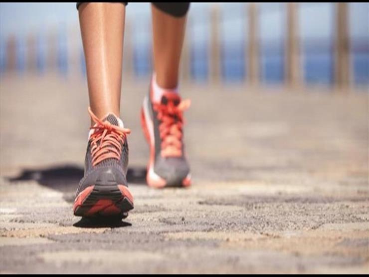 المشي 7 آلاف خطوة يوميا له مفعول السحر على صحتك.. اعرف كيف ذلك