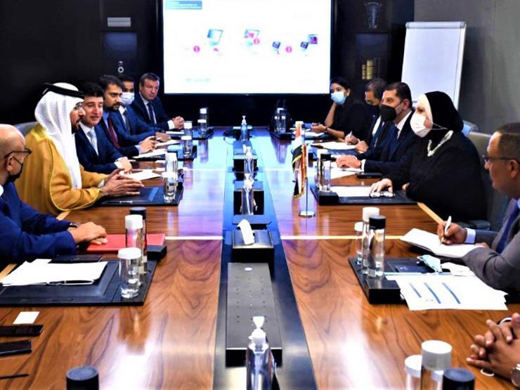 وزيرة التجارة تبحث مع شركات إماراتية فرص ضخ  استثمارات في مصر