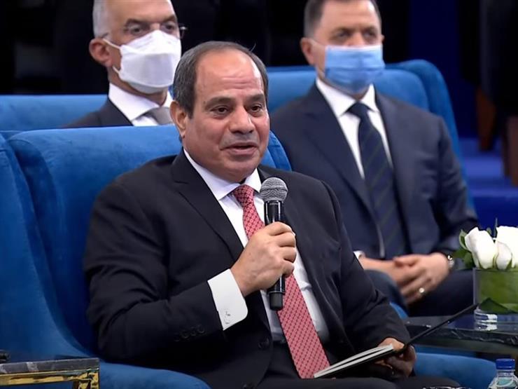 """السيسي للسيدة بوسي سعد: """"إحنا تحت أمرك وأنا متشرف إني بكلمك"""""""