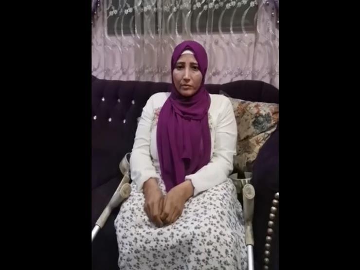 """""""عاملة نظافة وحاصلة على ماجستير"""".. حكاية """"الدكتورة إيمان قاهرة الإعاقة"""" في باحة جامعة الأزهر"""