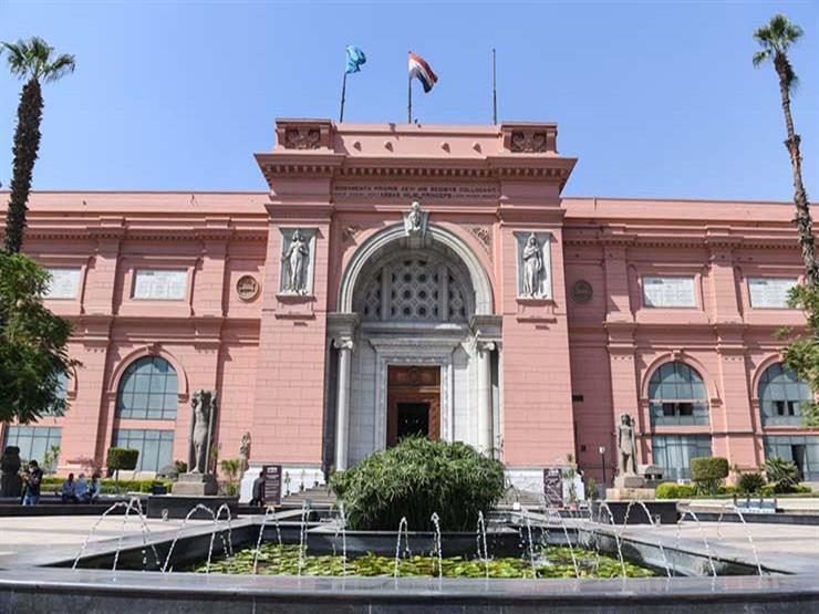 المتحف المصري يستقبل وفد رفيع المستوى من المعهد المتحد للعلوم النووية بروسيا