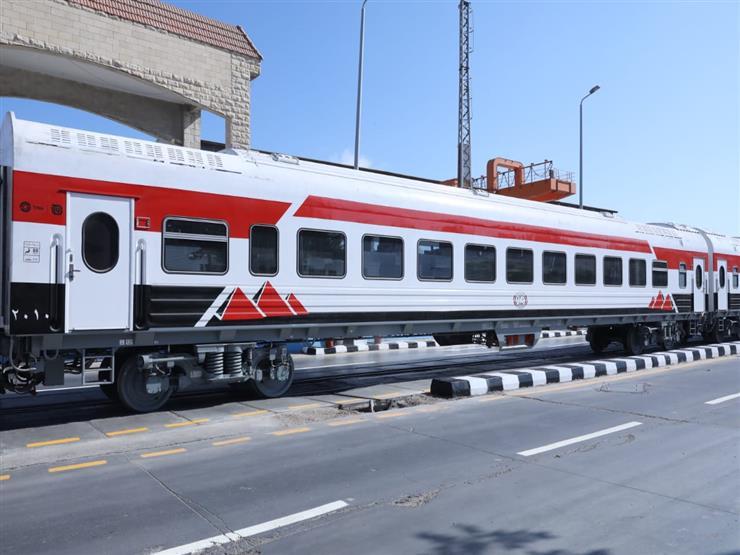 ميناء الإسكندرية يستقبل عربات درجة ثالثة مكيفة تدخل الخدمة لأول مرة - (صور)
