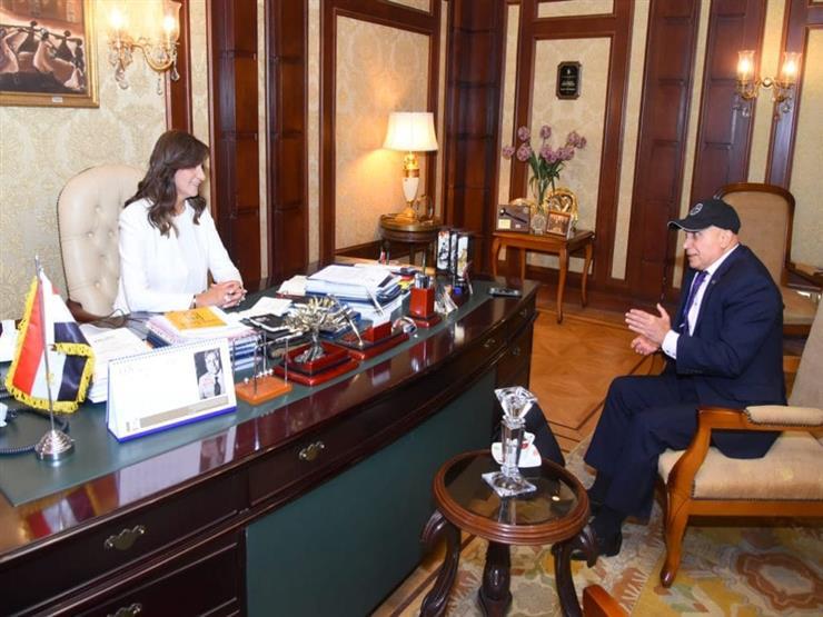 """وزيرة الهجرة تبحث مع رئيس اتحاد الكيانات المصرية في أوروبا إمكانية المشاركة في """"حياة كريمة"""""""