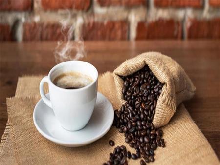 القهوه الخضراء أم العادية..  أيهما أفضل لفقدان الوزن؟