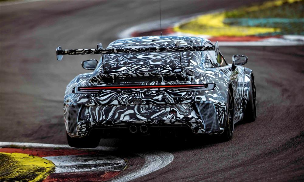 بورشه تختبر 911 GT3 Cup الجديدة