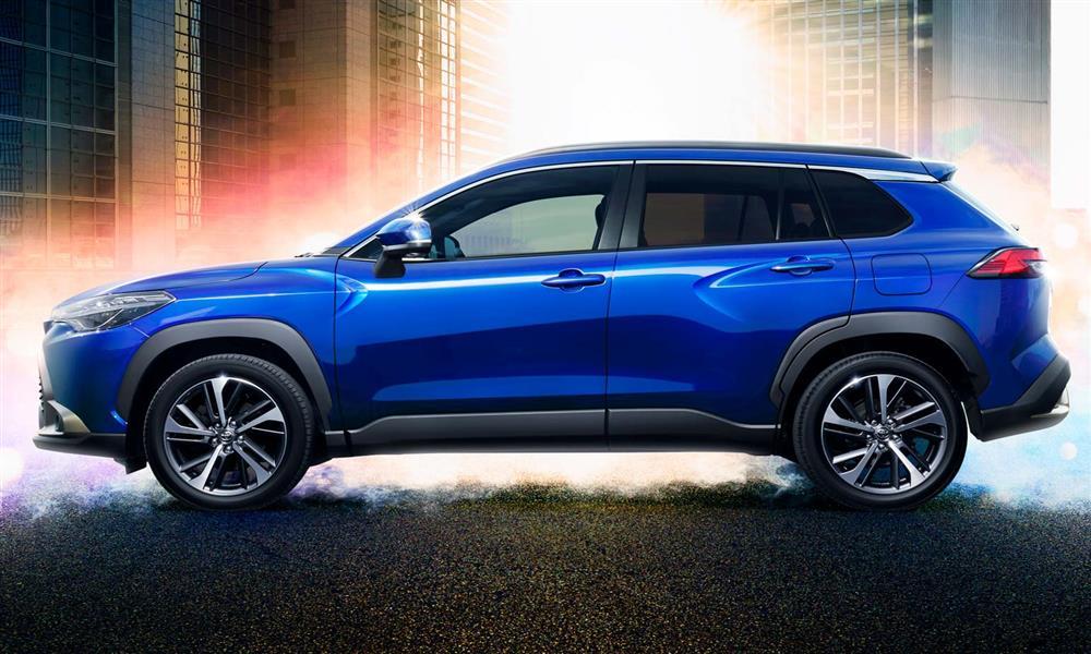 تويوتا كورولا بنسخة SUV – صور و تفاصيل