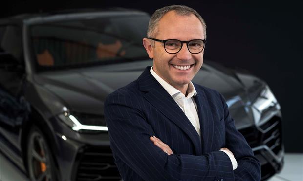 ستيفانو دومينيكالي المدير التنفيذي لشركة لامبورجيني