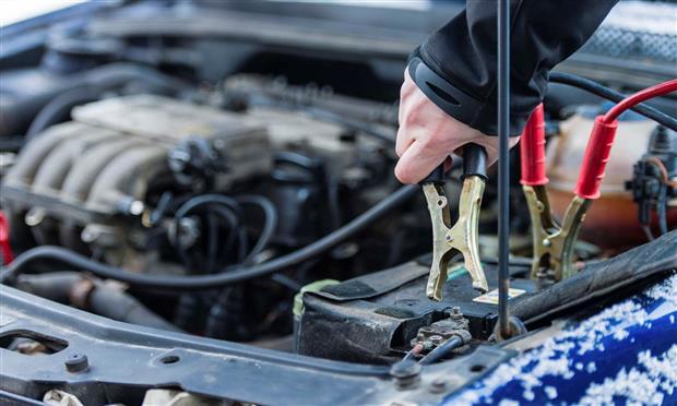 نصائح هامة للحفاظ على بطارية السيارة خلال الشتاء