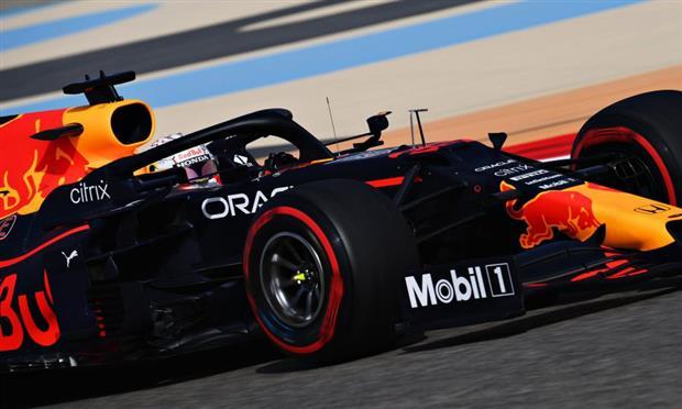 اشتعال المنافسة في الجولة الحرة الثالثة لتحديد مراكز سباق البحرين – صور
