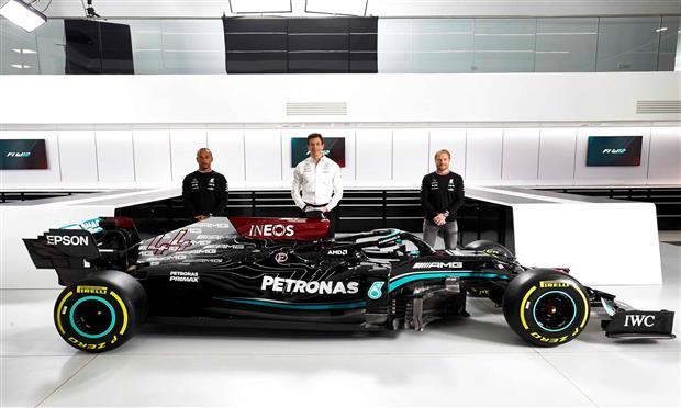 سيارة مرسيدس لسباقات الفورمولا-1 لموسم ٢٠٢١