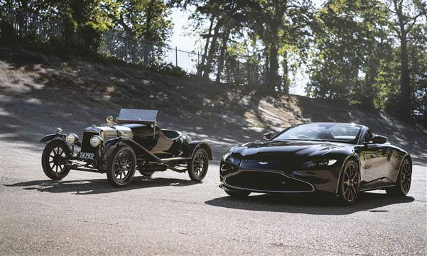 أستون مارتن فانتج وأقدم سيارات الشركة في الوجود – صور