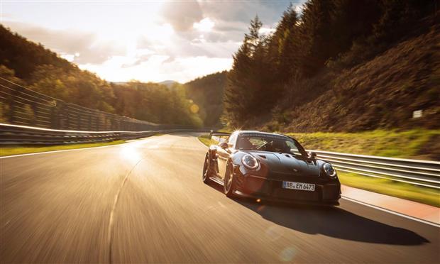 بورشه 911 GT2RS ورقم قياسي جديد – فيديو