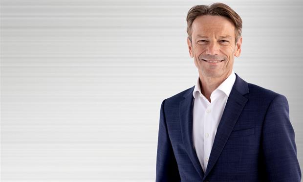 أوفه هوتشيجيشورتز ، الرئيس التنفيذي الجديد لعلامة أوبل