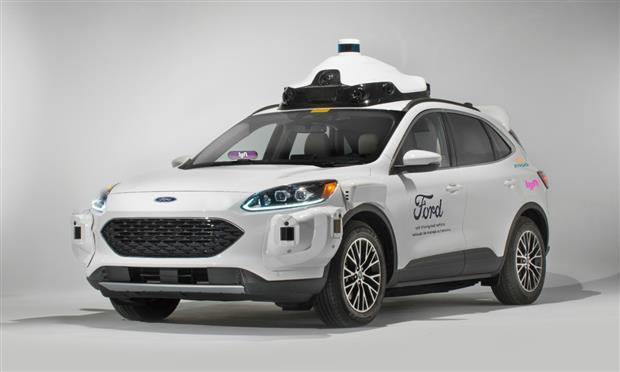 ١٠٠٠ سيارة فورد ذاتية القيادة تنضم لإحدى خدمات التنقل