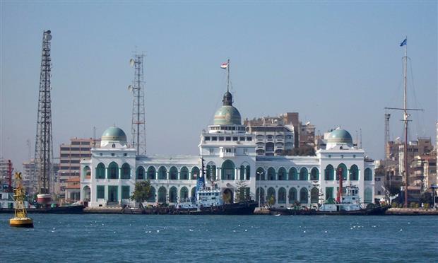 مبنى قناة السويس إحدى معالم بورسعيد البارزة