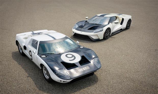 نسخة تراثية محدودة الإنتاج من فورد GT – صور