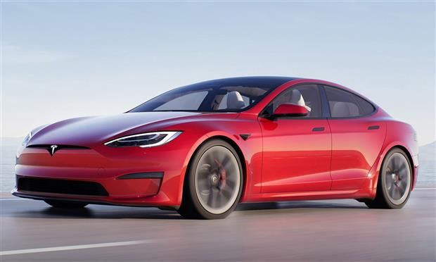 تيسلا Model S تسجل رقما قياسيا على حلبة Nurbugring