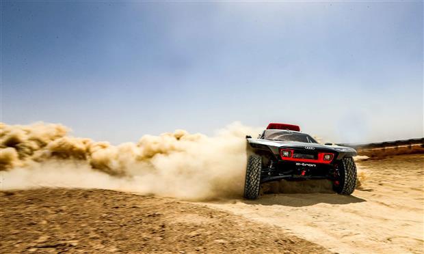 المغرب تشهد اختبارات RS Q e-tron المخصصة للرالي - صور