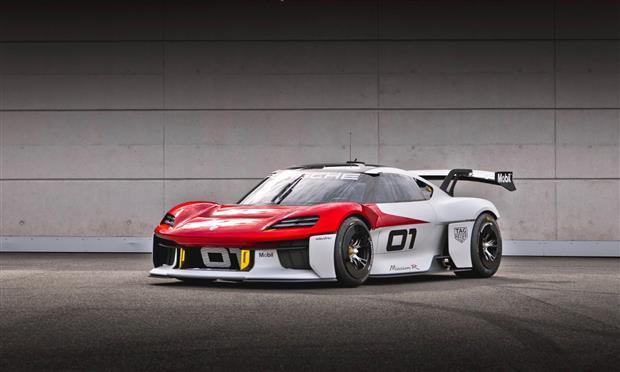 نموذج بورشه Mission R يجسد رؤية الشركة لسيارات السباق المستقبلية