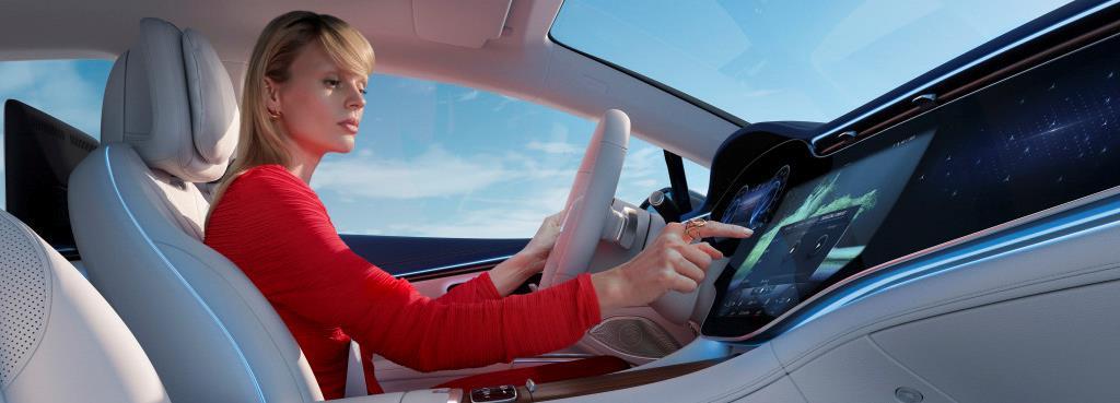 مرسيدس EQS أول سيارة كهربائية في القطاع الفاخر كبير الحجم - صور