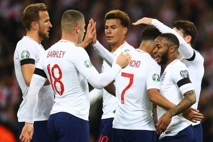 ساوثجيت يضم 29 لاعبا لقائمة منتخب إنجلترا