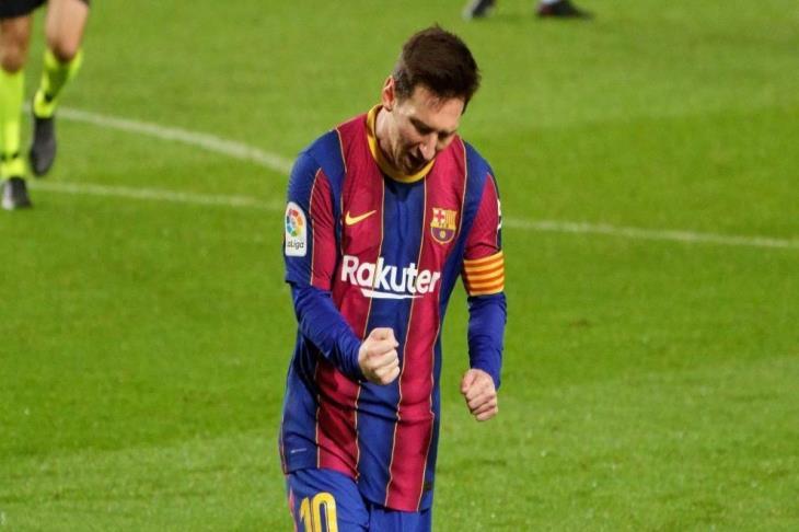ميسي على رأس قائمة برشلونة لكأس السوبر الإسباني