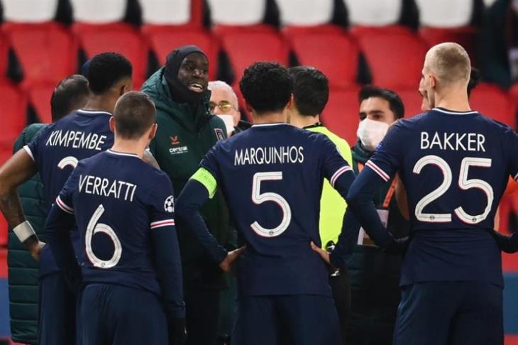 """""""غياب نيمار وعودة فيراتي"""".. باريس يعلن قائمة مباراة برشلونة بدوري الأبطال"""